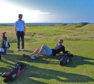 Golfers on Askernish No. 16